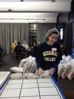 Our new Interfaith Alliance Club joined the Boston Interfaith Campus Coalition to pack 40,000 meals for hungry kids in time for Thanksgiving.