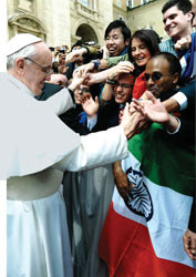 Mike Taddei shakes the hand of Pope Frances in Rome